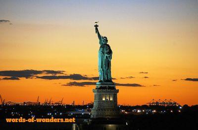 words wonders estatua da la liberte