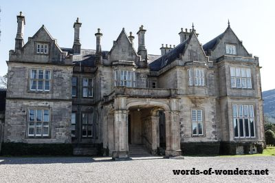 words wonders muckross house