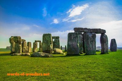 words wonders stonehenge