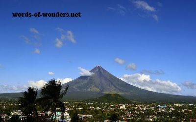 words wonders volcan mayon