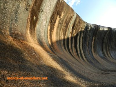 words wonders wave rock